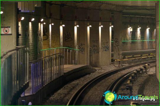 Metro Amsterdam: kaart, foto, beschrijving
