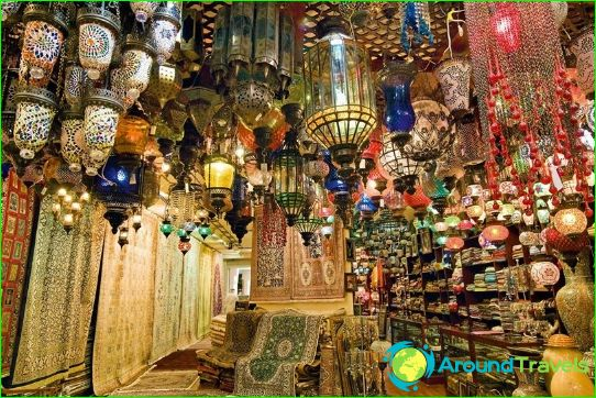 Souvenirs in Dubai