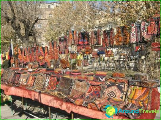 Winkels en markten in Jerevan