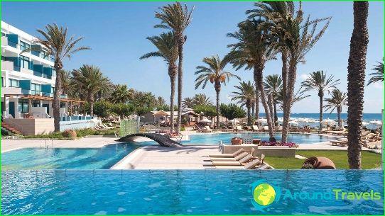 Почивки в Кипър през септември