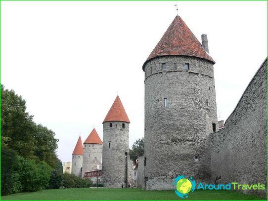 A régi város falai és tornyai