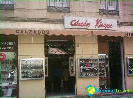 المحلات التجارية ومراكز التسوق في ملقة
