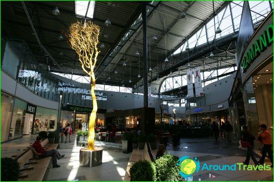 Winkelcentra en markten van Bratislava