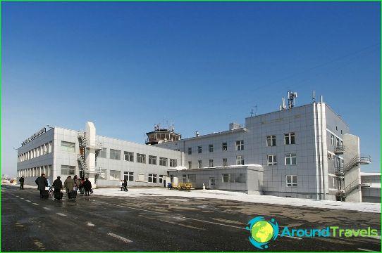 Lentokenttä Yuzhno-Sakhalinsk