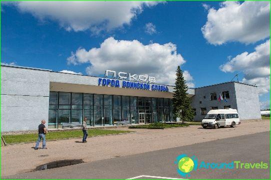 Летище в Псков