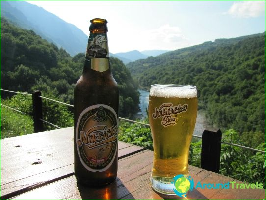 Montenegro drinkt