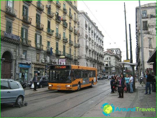 Kuljetus Napolissa