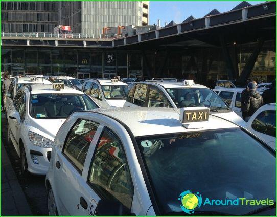 تاكسي في نابولي