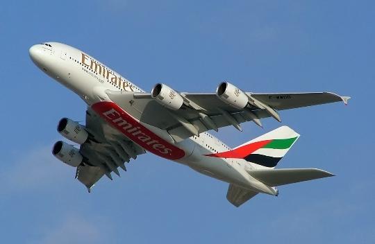 Hoeveel om te vliegen van Dubai naar Moskou?