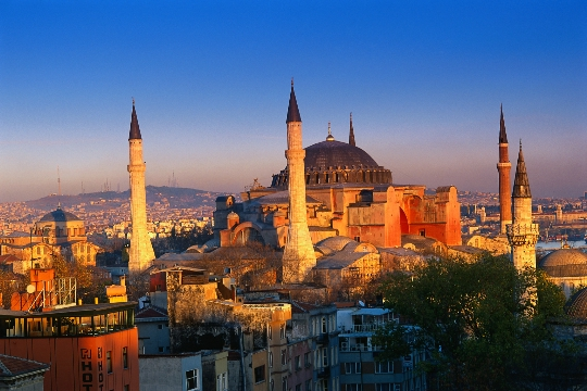 رحلة الى تركيا