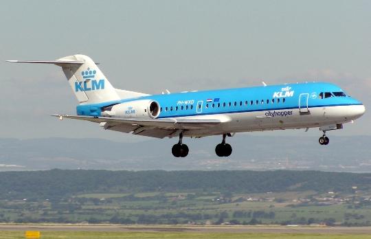 Колко да лети от Амстердам до Москва?