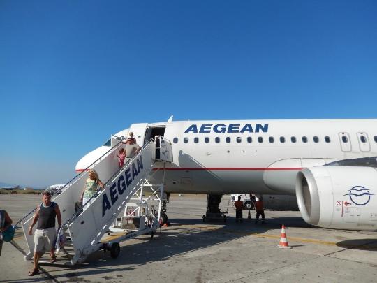 Колко да лети от Родос до Москва?