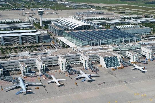 Колко да лети от Мюнхен до Москва?
