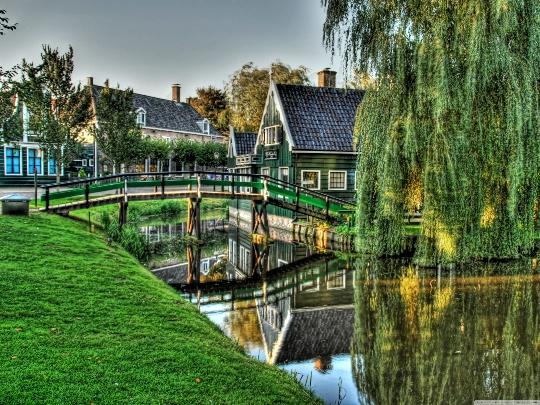 Lomat Hollannissa