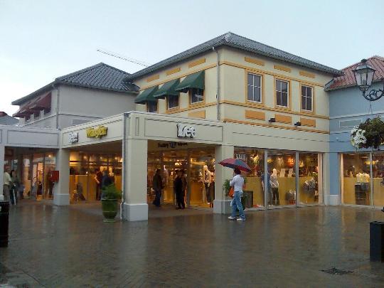 Myymälät Hollannissa