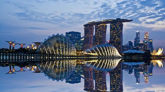 ميزات سنغافورة