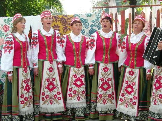 Valkovenäjän perinteet