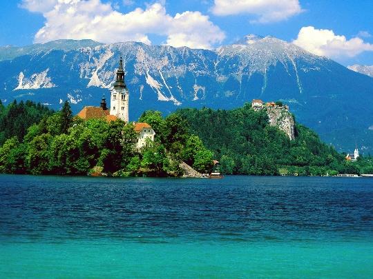 Почивки в Словения през май