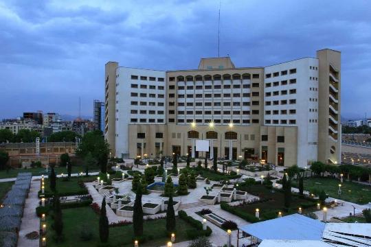 Курорти в Иран
