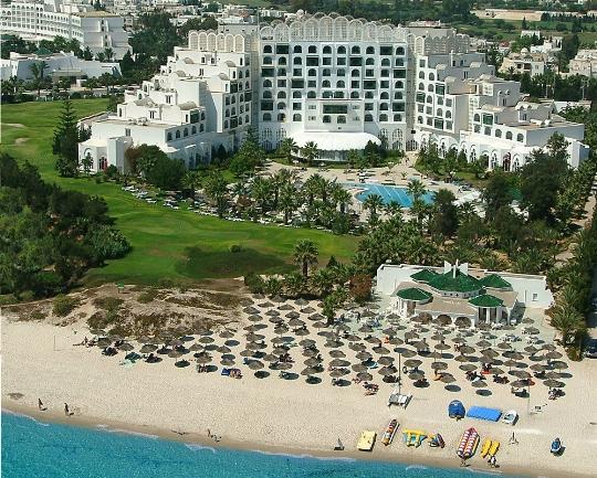 Почивки в Тунис през април