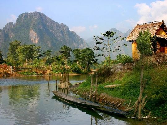 Laos Resorts