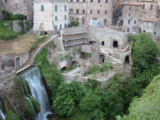 Rooman lähiöt