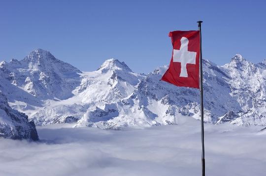 Lomat Sveitsissä maaliskuussa