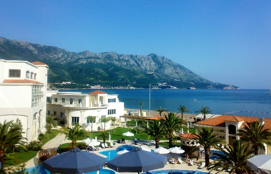 Lomat Montenegrossa toukokuussa