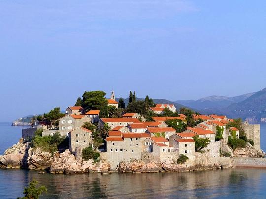 Lomat Montenegrossa kesäkuussa