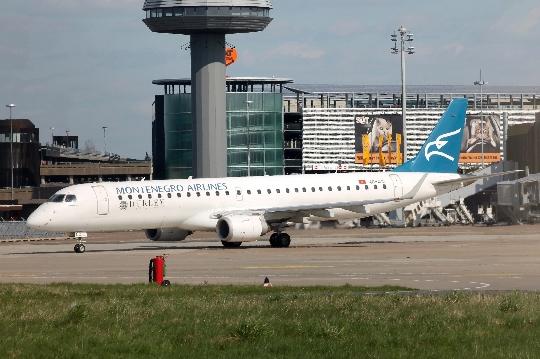 مطارات الجبل الأسود
