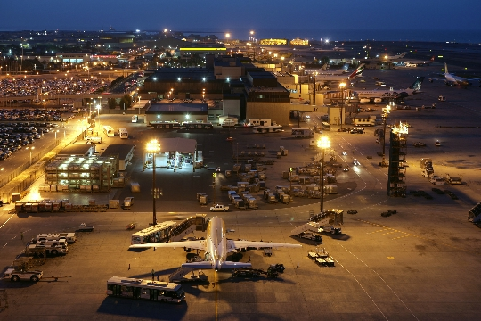 Bahrainin lentokentät