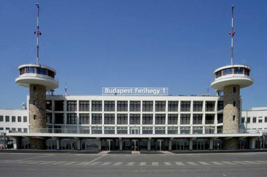 Luchthavens van Hongarije