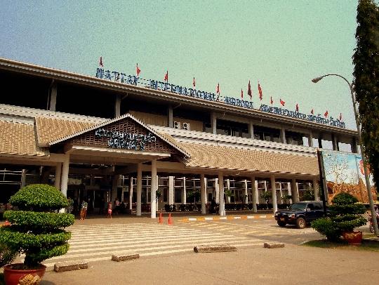 Laos lentokentät
