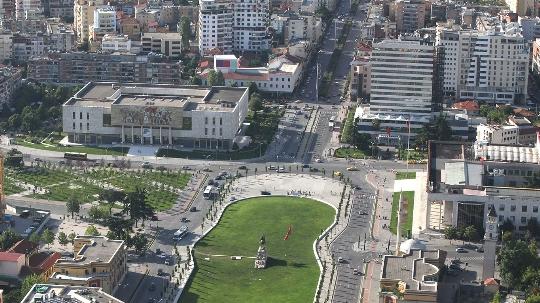 Tirana - Albanian pääkaupunki