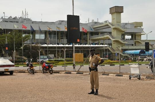 مطارات أوغندا
