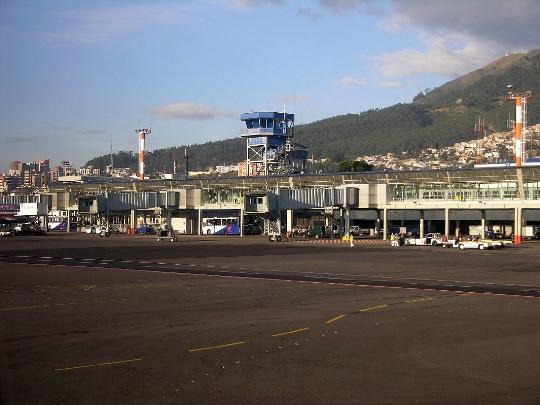 Летища в Еквадор