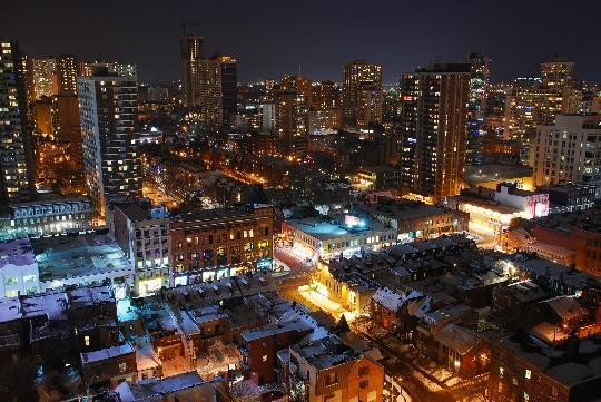 أحياء تورونتو