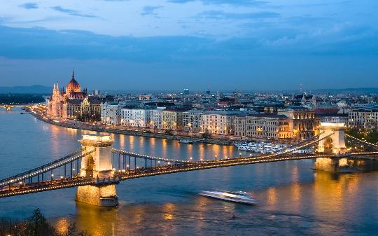 Наблюдателни площадки на Будапеща