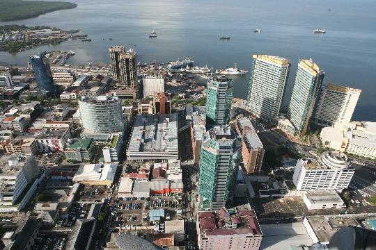 Пристанище на Испания - столицата на Тринидад и Тобаго