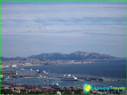 Uitzicht op de haven van Marseille