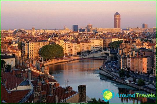 Tours in Lyon