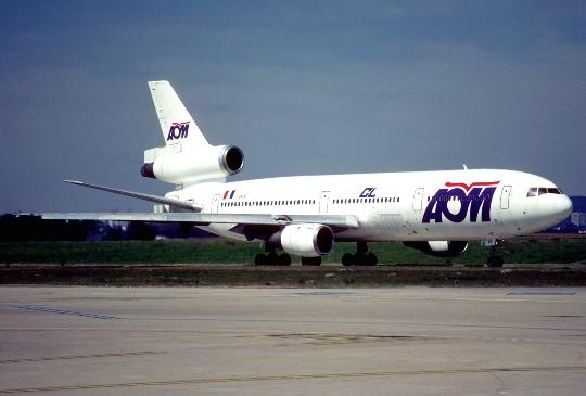 Hoeveel om te vliegen van Parijs naar Moskou?