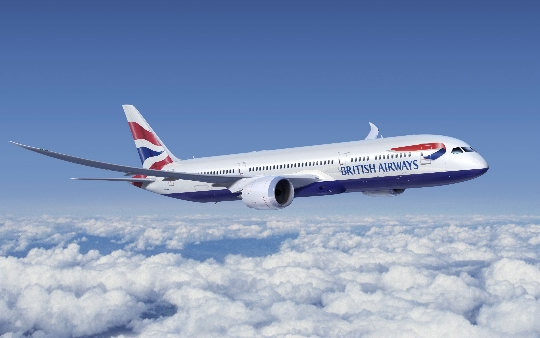 Hoeveel om te vliegen van Hong Kong naar Moskou?