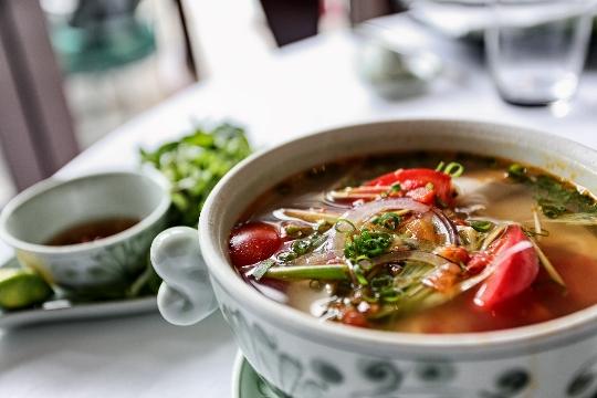 أين تأكل في نها ترانج؟