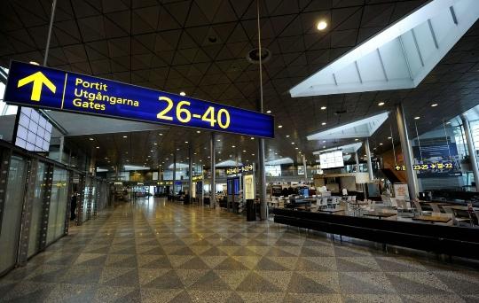 Kuinka paljon lentää Pietarista Moskovaan?