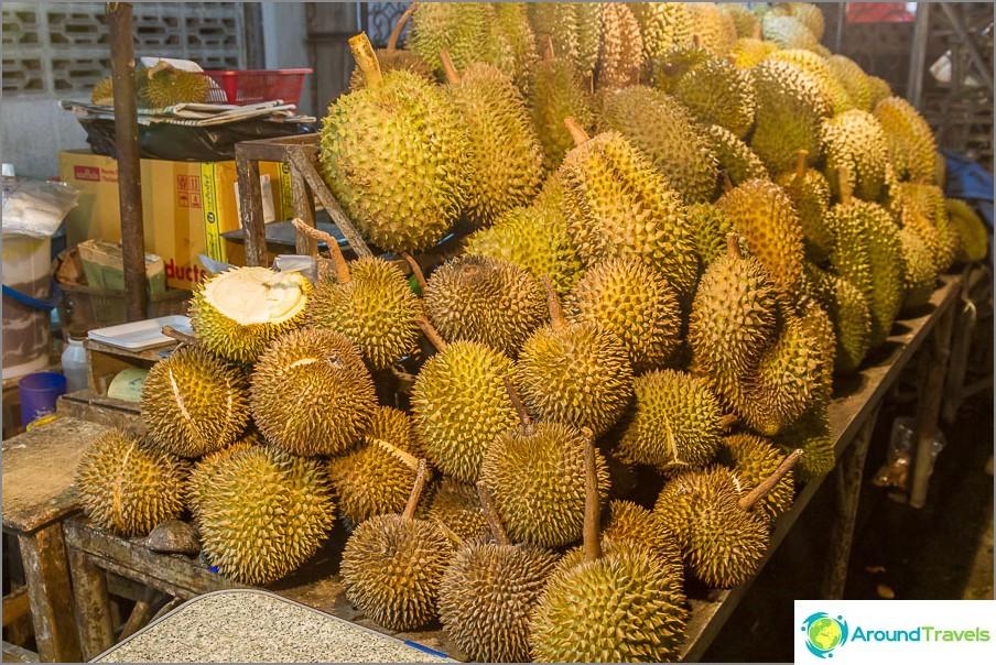 Miltä durian näyttää ulkopuolelta?