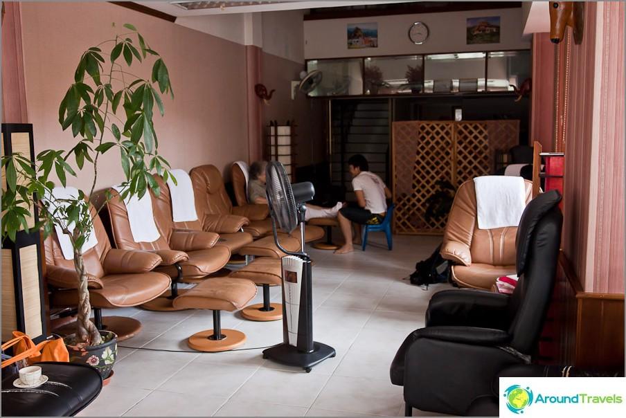 Hierontaterapia kaupungissa Chiang Mai