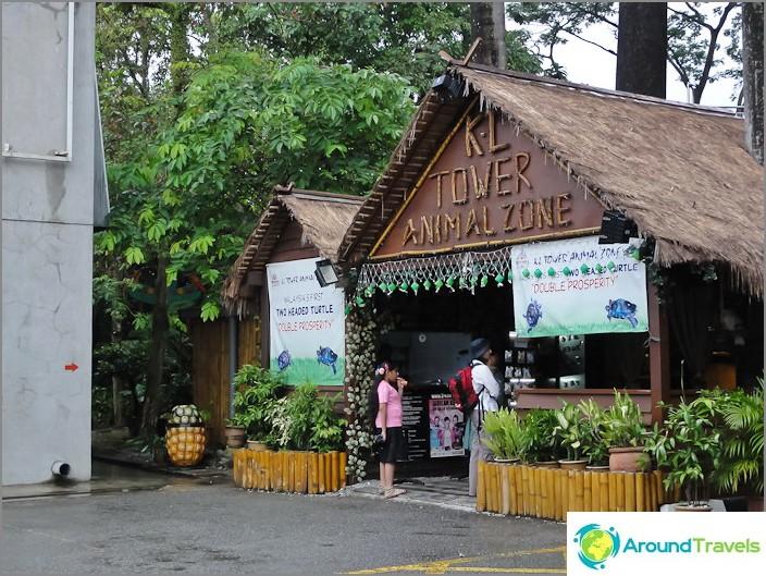 Kävelytie Bukit Nanas -puistoon