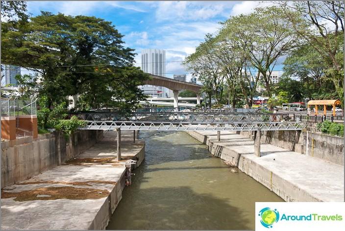 Joki Kuala Lumpurin keskustassa