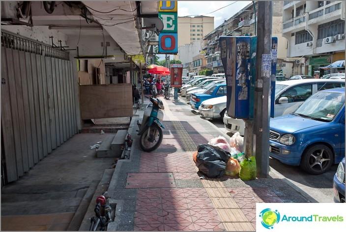 Joskus jalkakäytävät pakotetaan, kuten Thaimaassa